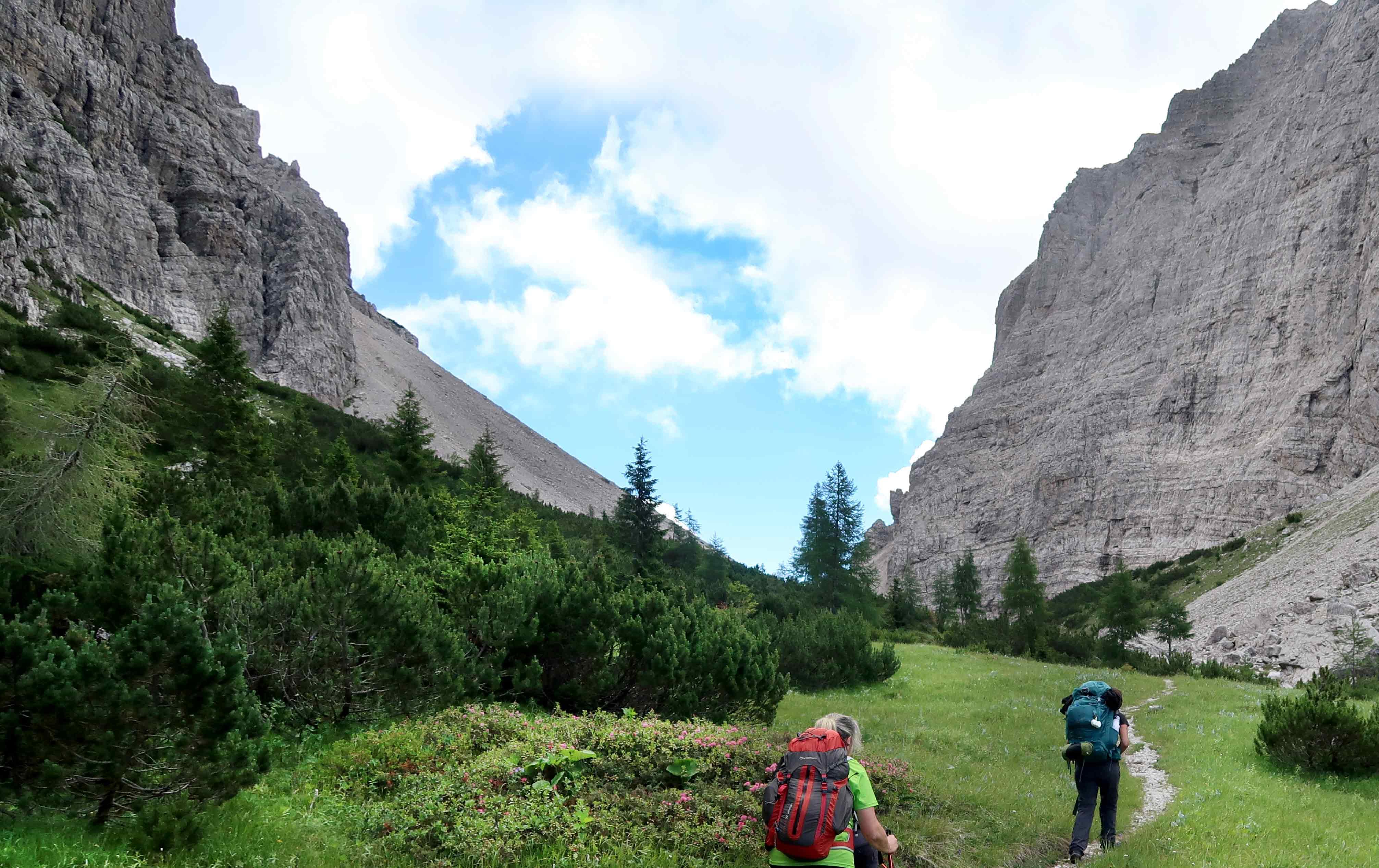 Wandern in den Bergen Italiens