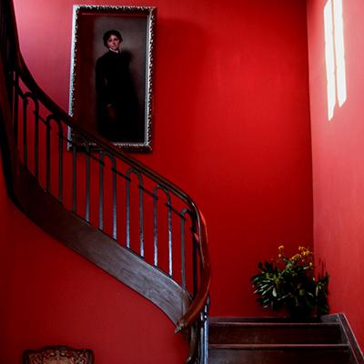 Das rote Treppenhaus