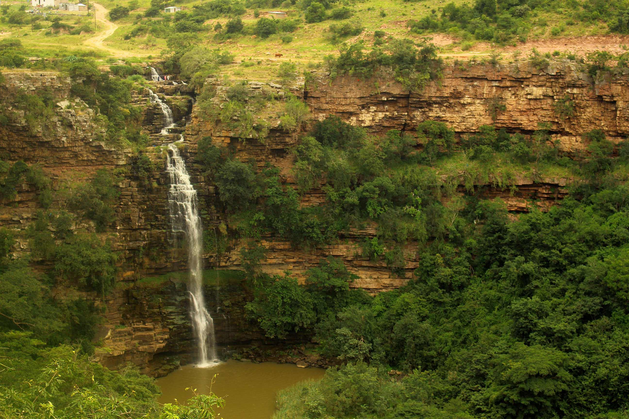 Umzinyathi Wasserfall