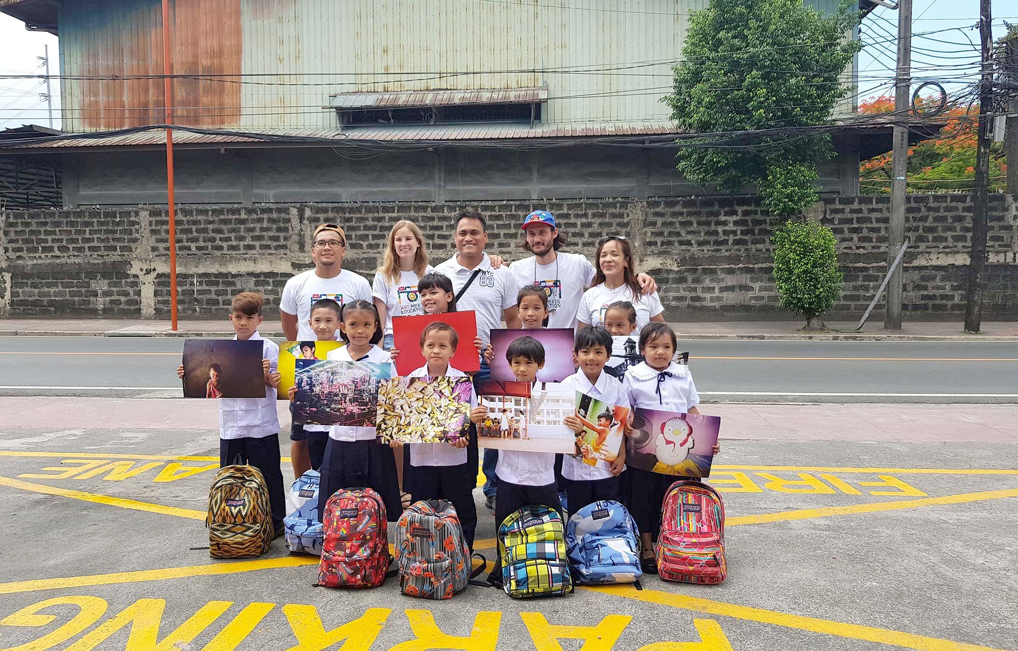 Die Kinder mit dem AME-Team