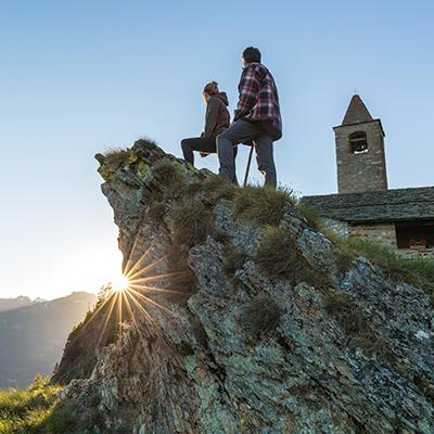 Zahlreiche Wanderwege führen durch die reizvolle Landschaft