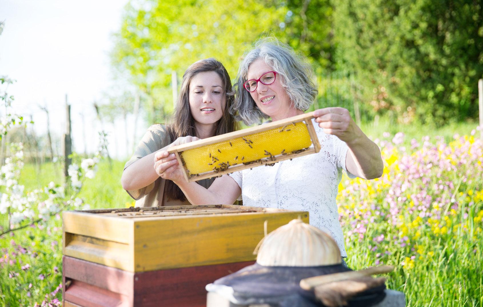 Die Gründerinnen: Rosemarie und Angelika | Fotografie Trautmann