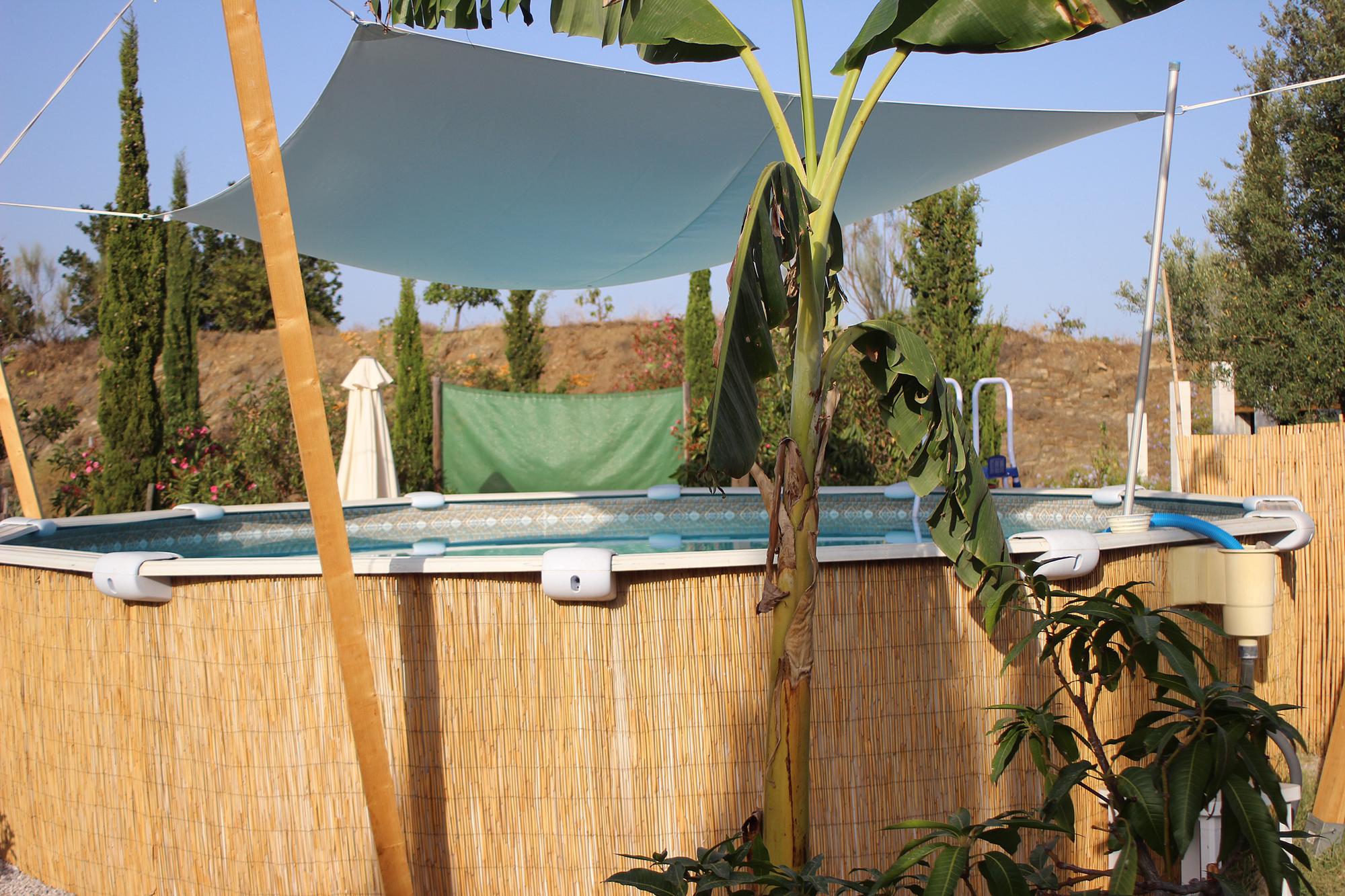 Anschließend lockt der kleine Pool oder das große, blaue Meer für eine Erfrischung
