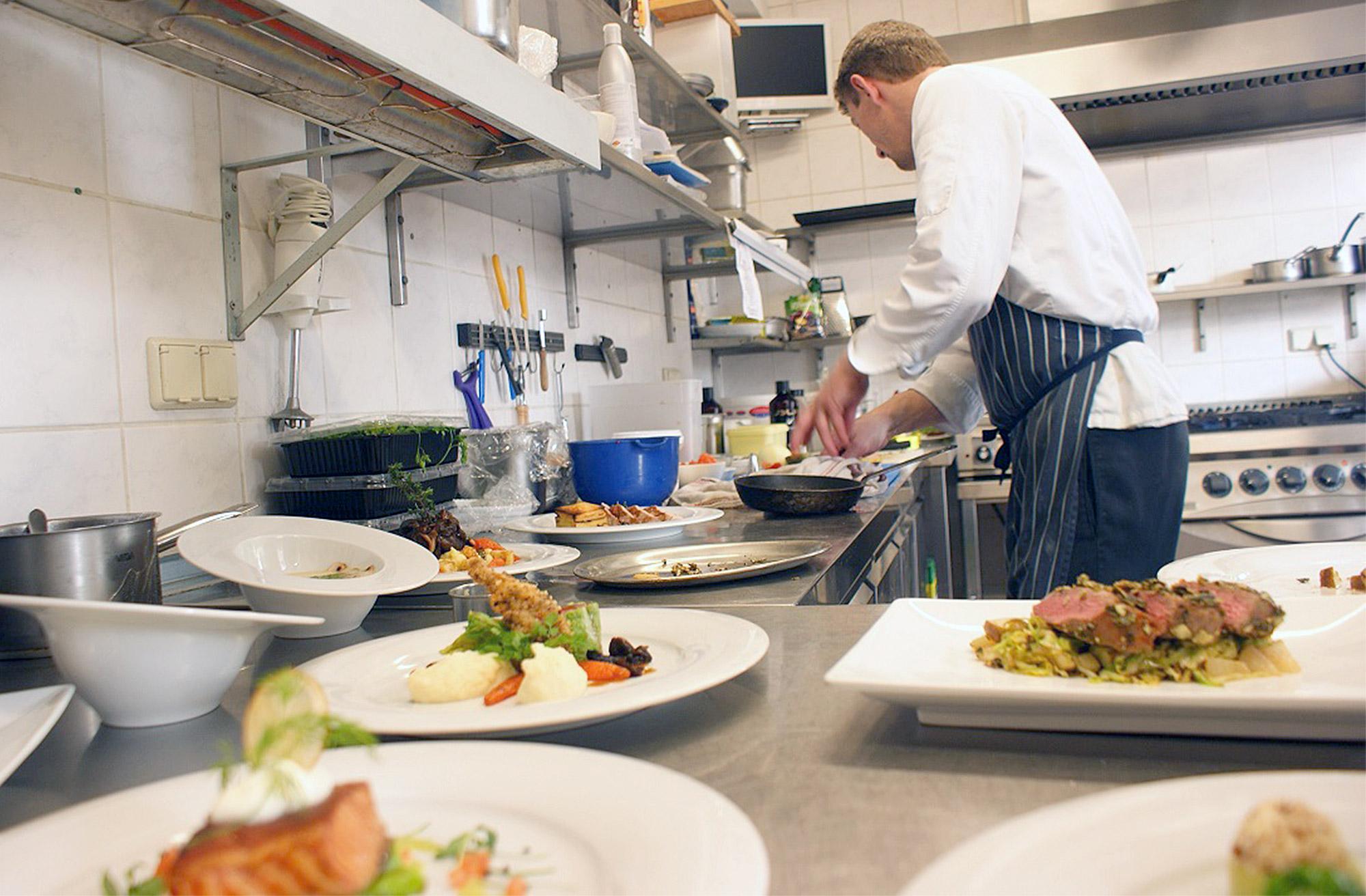 Die Küche des Fliederhofs Syring serviert Brandenburger Landhausküche