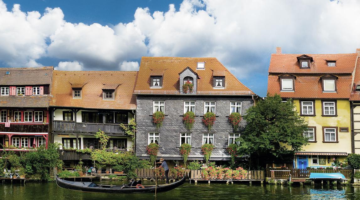 Bei einer Gondelfahrt in Bamberg fühlt man sich fast wie in Venedig
