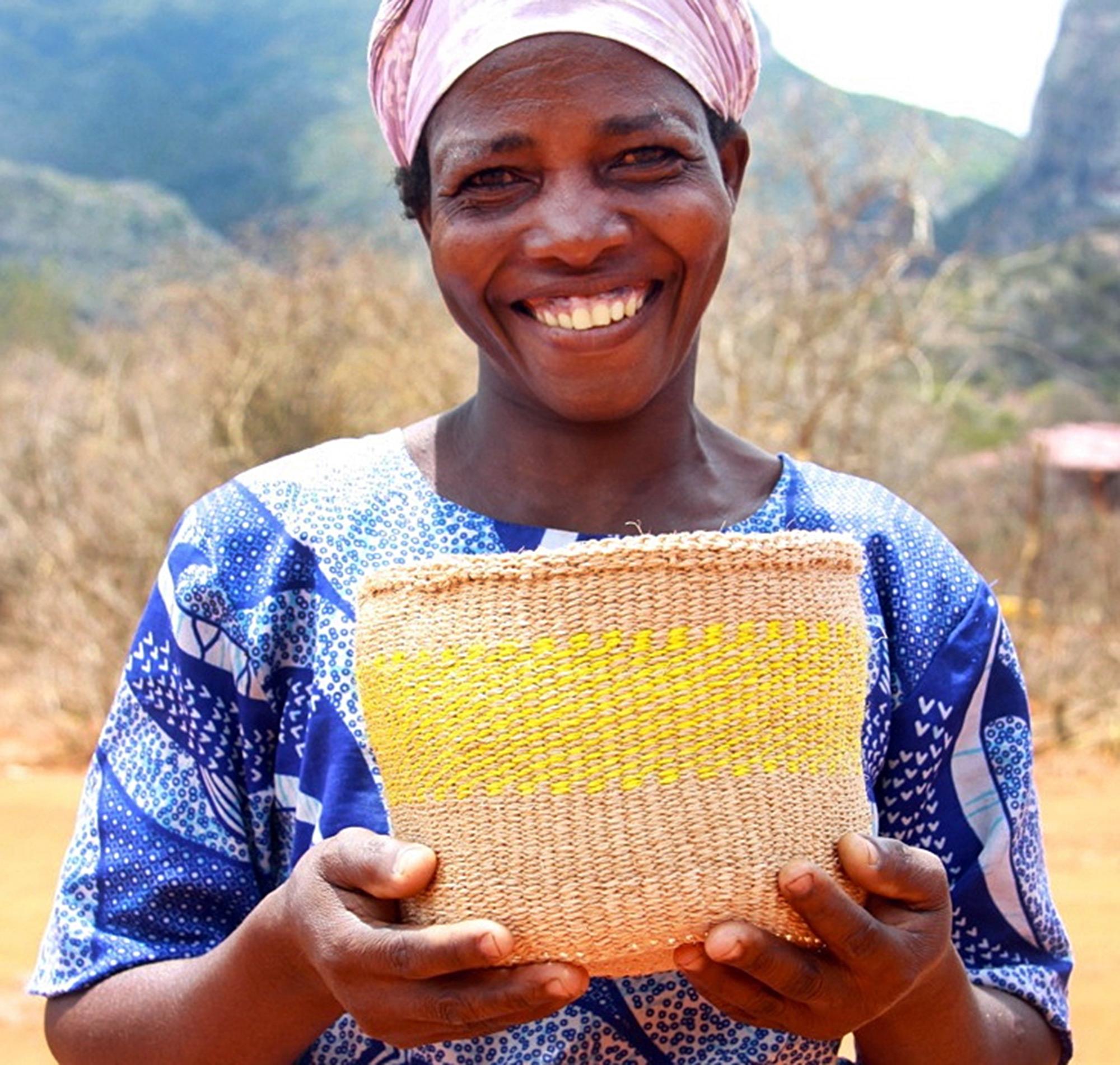 Julia von Hadithi Kenya