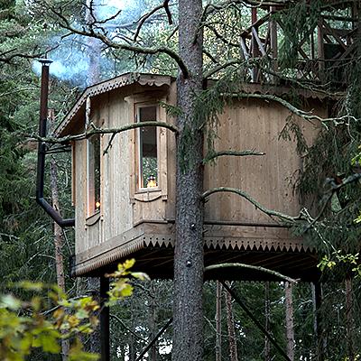 Einen naturnahen Urlaub in den Baumhäusern von Urnatur verbringen
