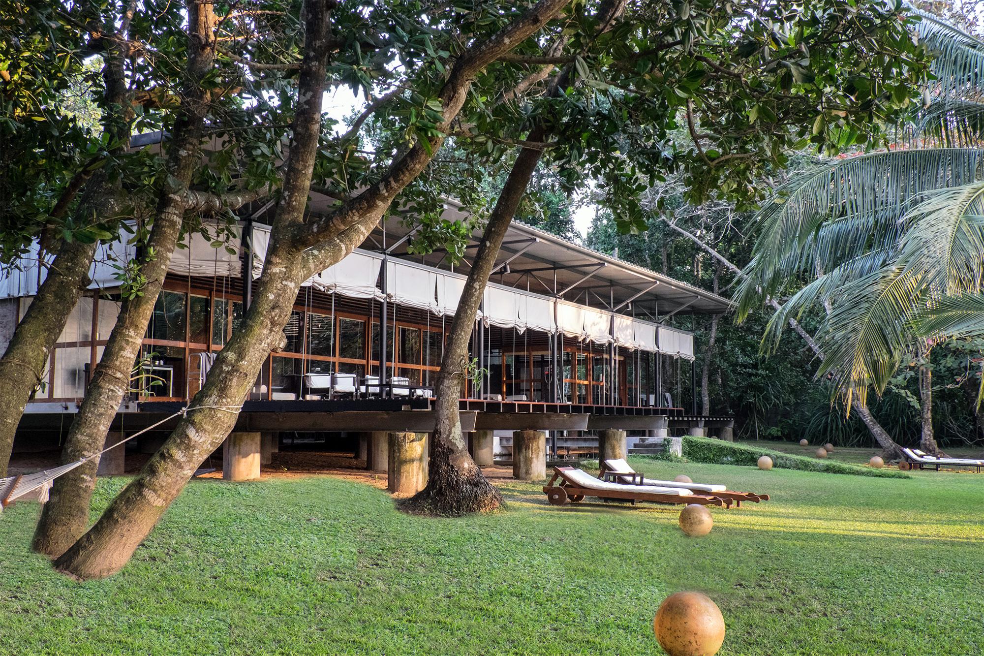Palmenhain Bungalow im Ayurveda Resort der one world foundation in Ahungalla, Sri Lanka, Foto: Andrea Alessandri