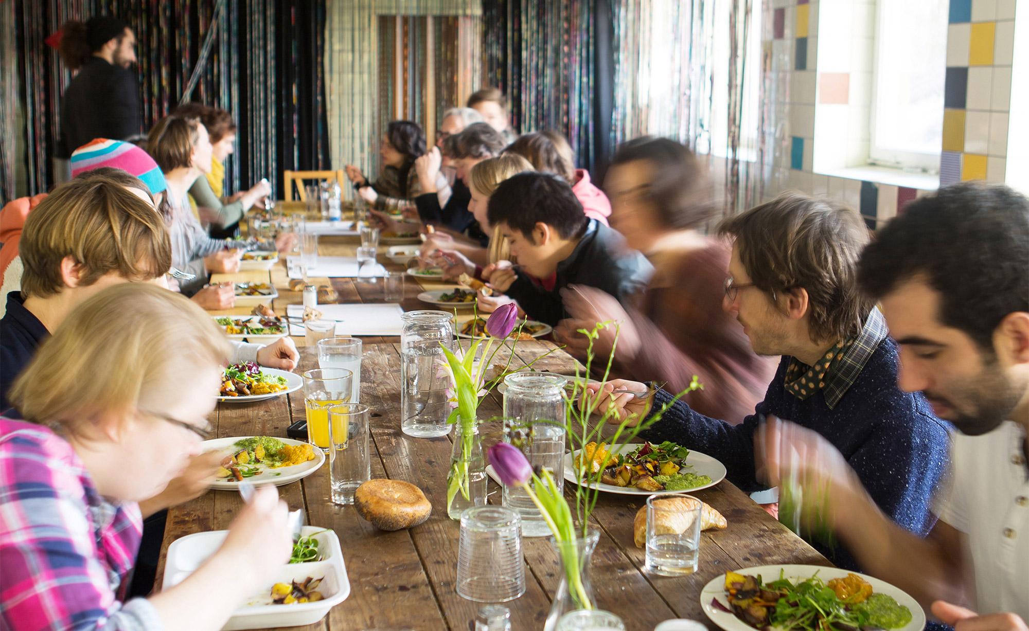 Unseren beliebten Mittagstisch mussten wir bis Weiteres absagen / Fotocredits: frabauke