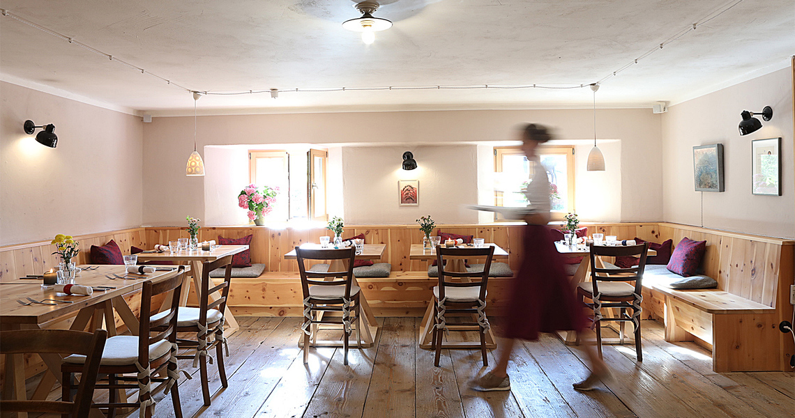Das Tannerhof Restaurant ist ebenfalls wieder geöffnet für euch!
