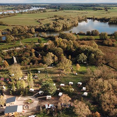 Das Destinature-Dorf aus der Vogelperspektive