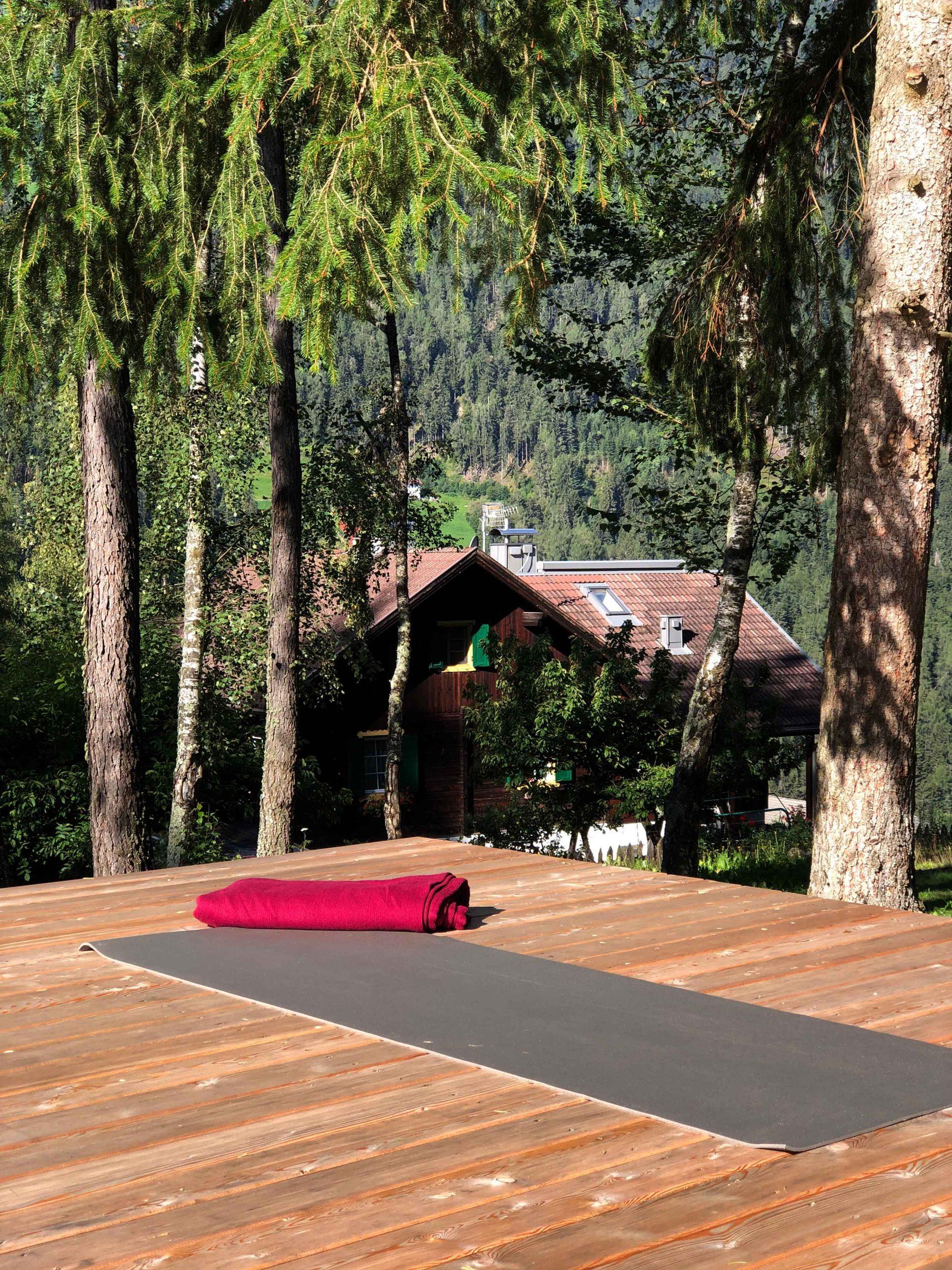 Yoga im Freien beim Saalerwirt