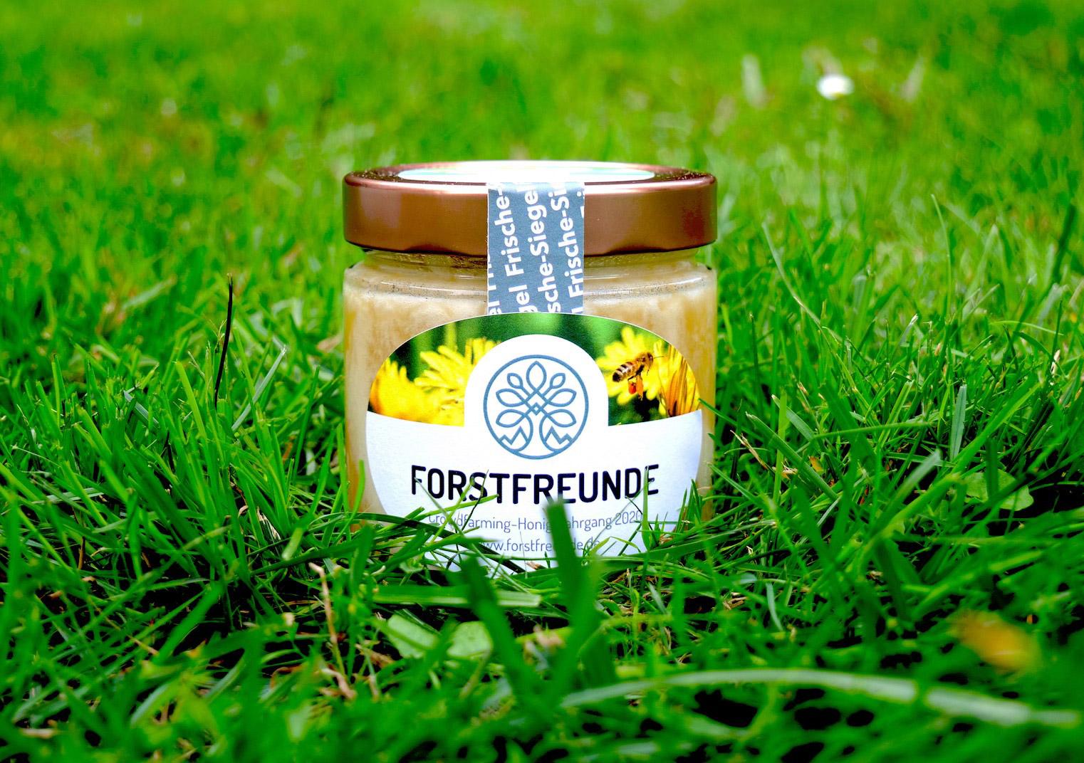 Honig aus einem Crowdfarming-Projekt von Forstfreunde