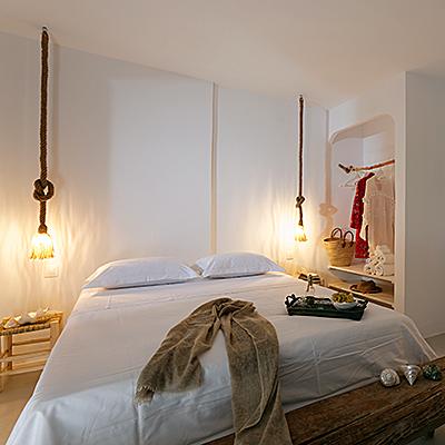 Die Zimmer der Villa sind im Ethno-Boho-Stil eingerichtet