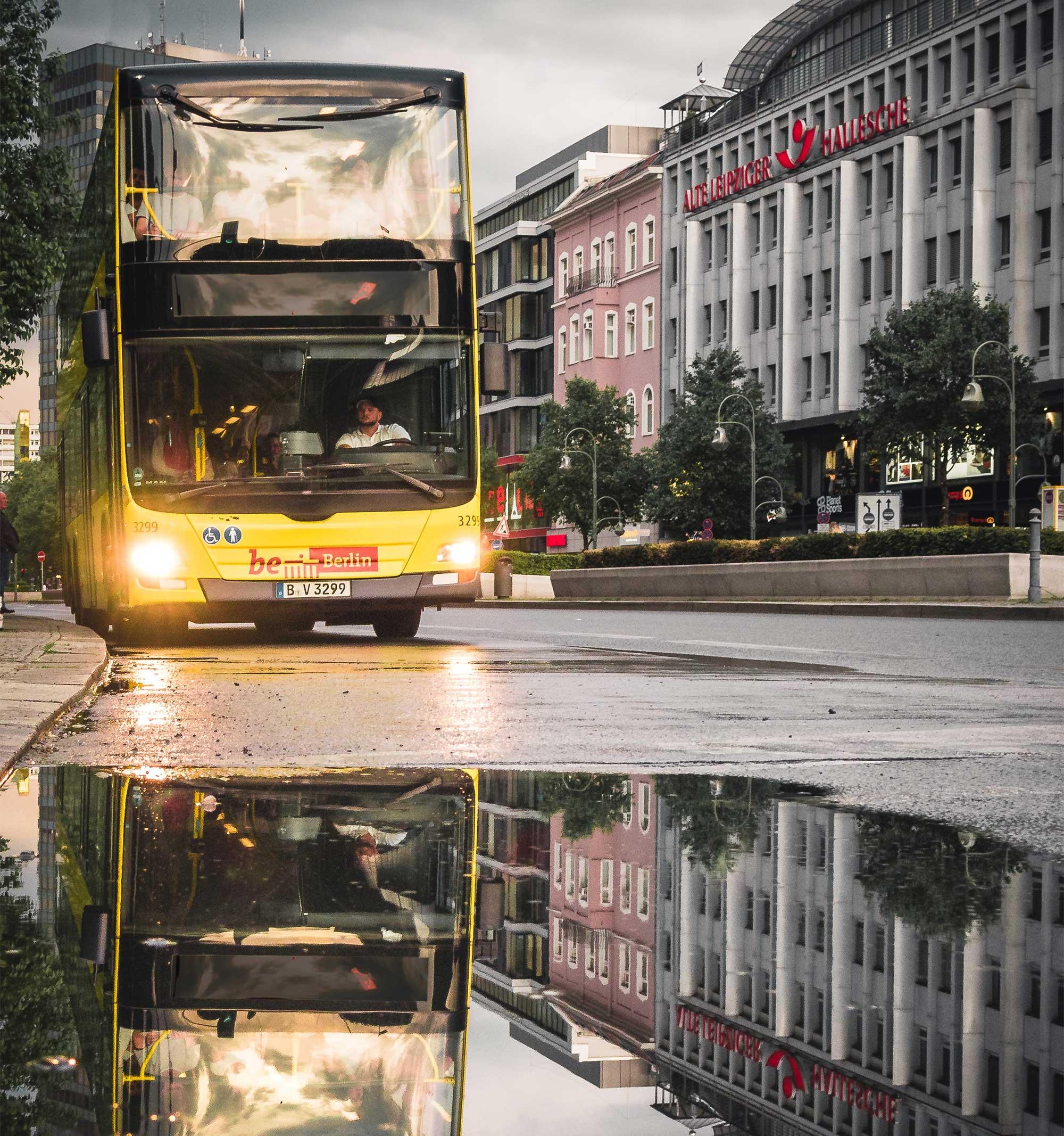 Mit dem 100er, 200er oder 300er Bus Berlin erkunden