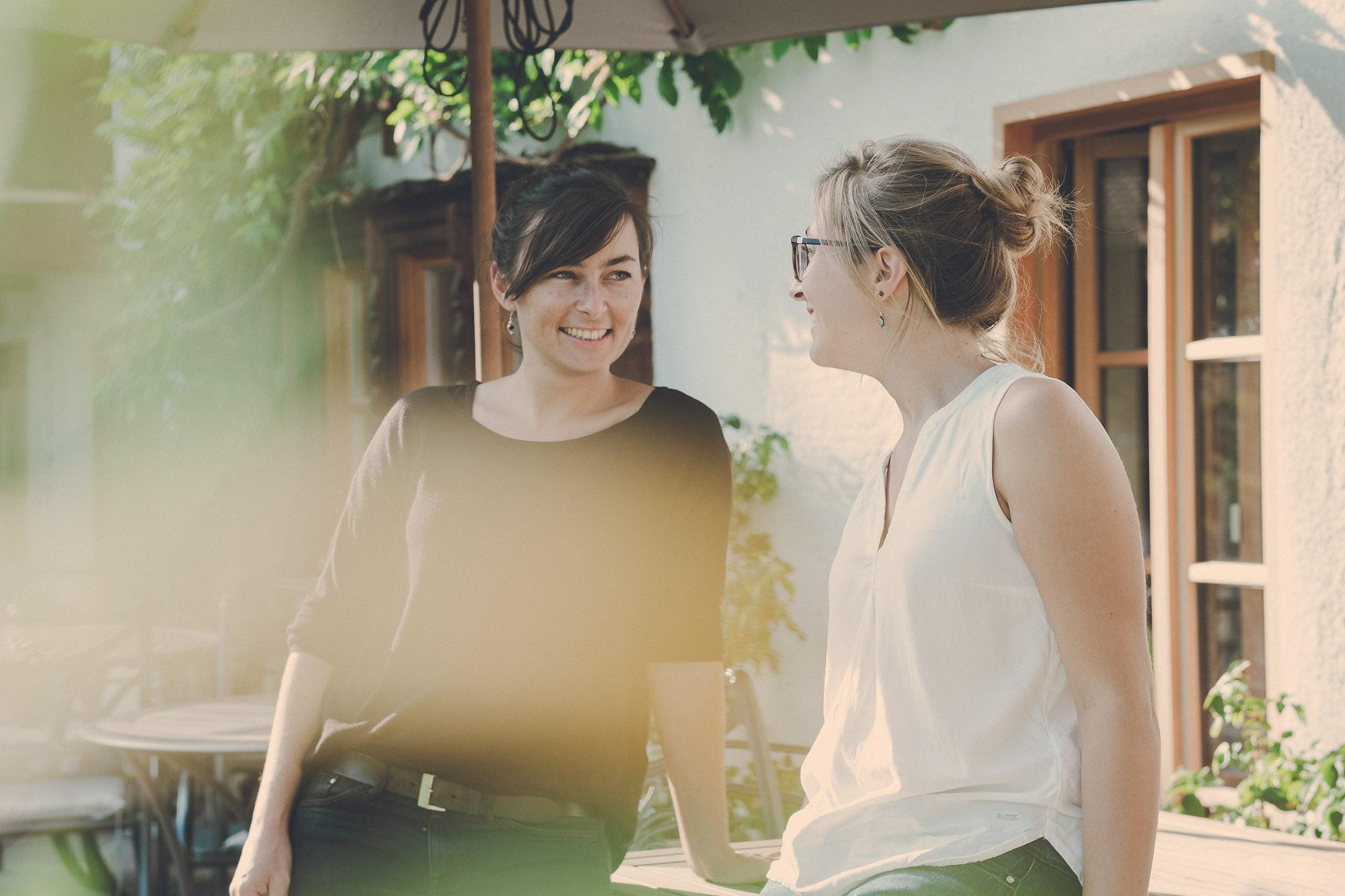 Die Gastgeberinnen Laura und Roxan