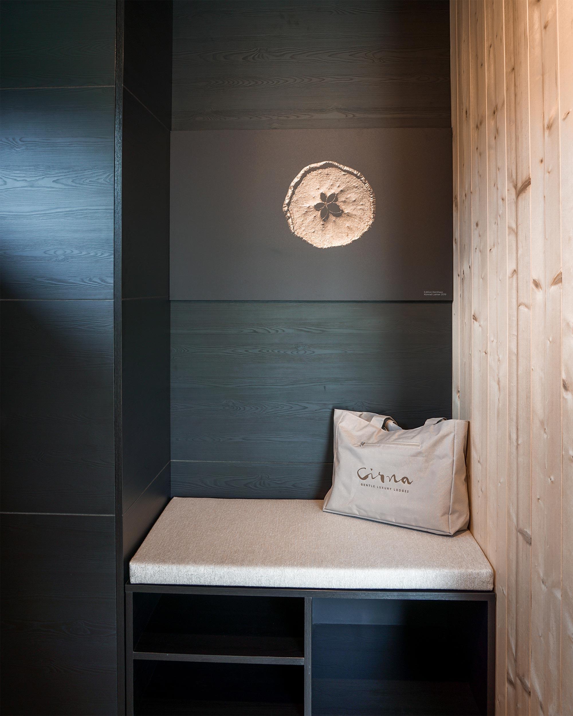 Detailaufnahme in der Cirna Luxury Lodge