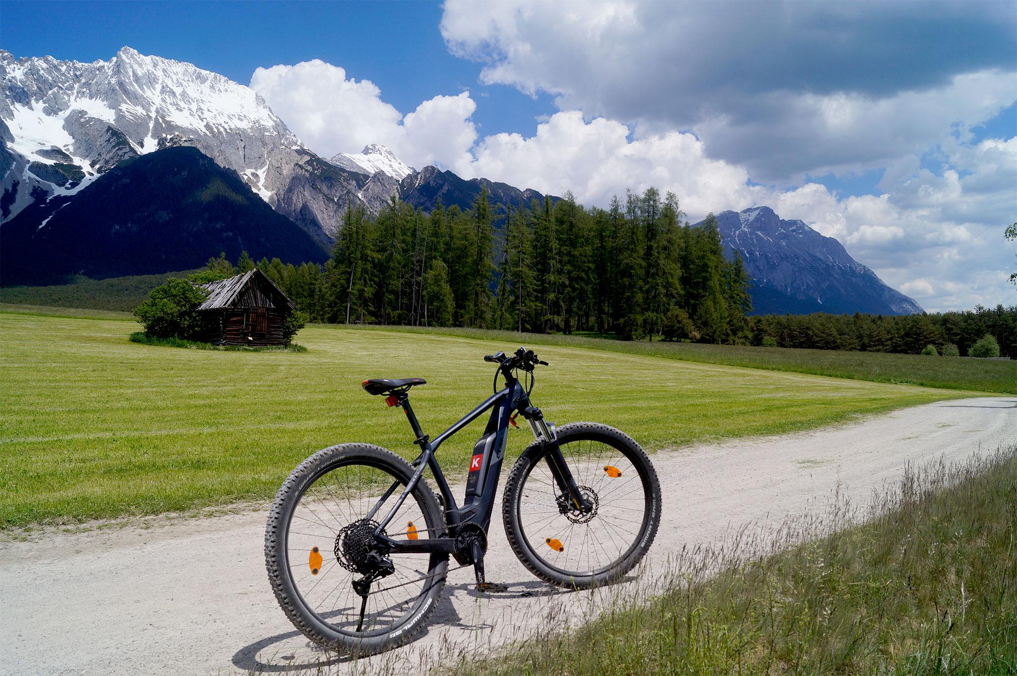 Mit dem E-Bike ging es über Stock und Stein