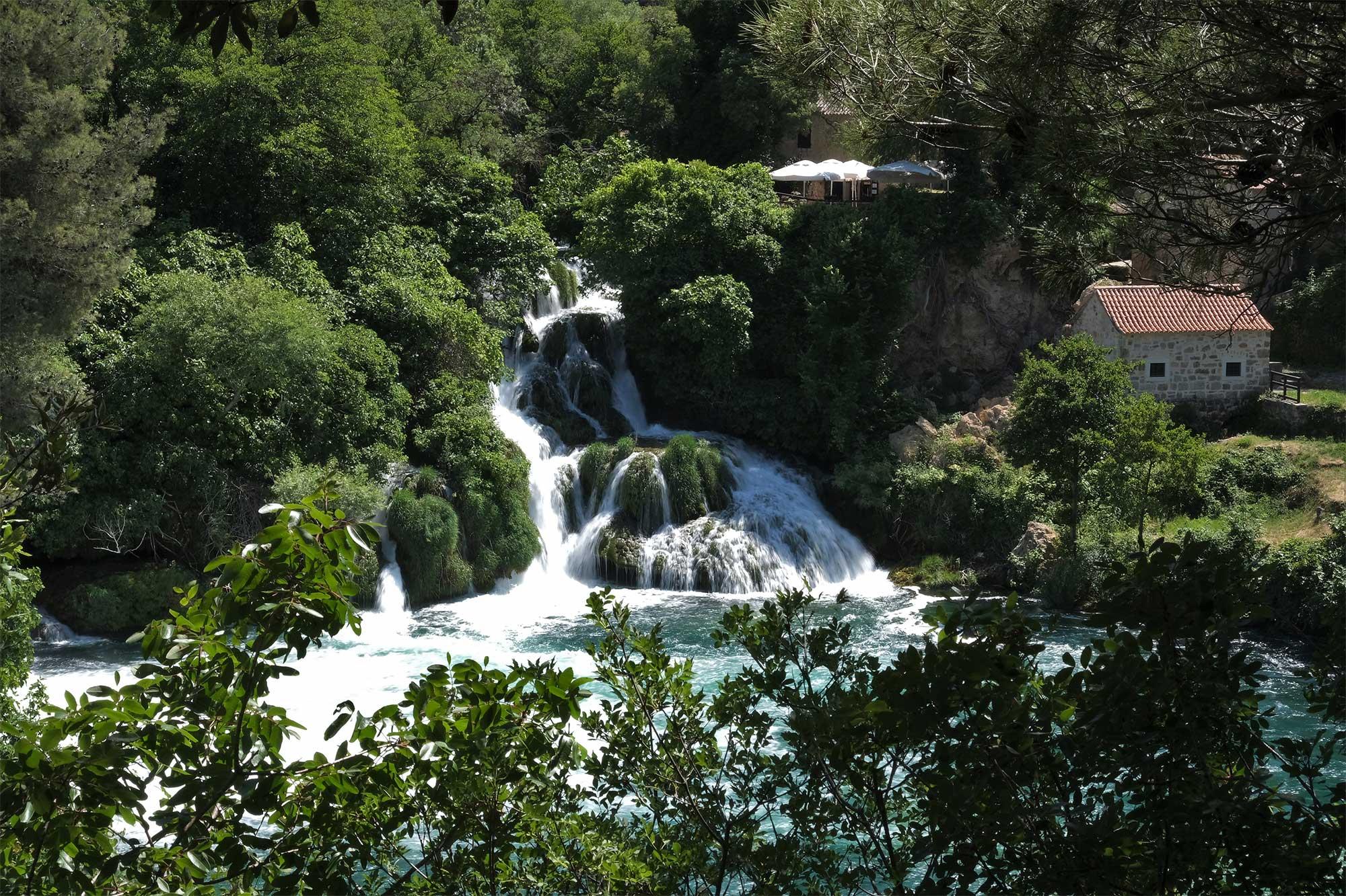 Die Wasserfälle im Krka Nationalpark sind eindrucksvoll