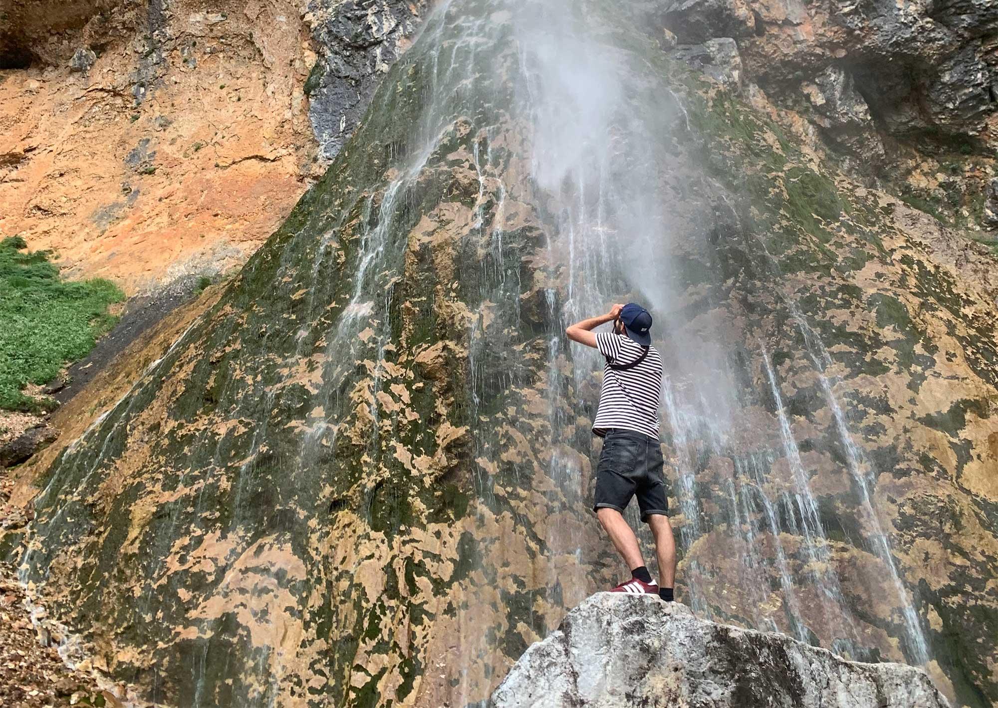 Der Wasserfall im Logar Tal